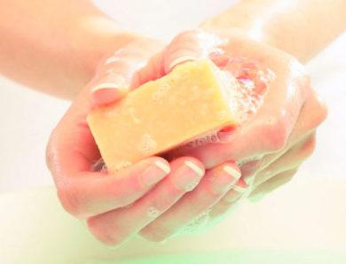 Sabonete de enxofre para acne: confira os benefícios desse produto!
